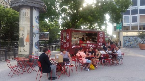 food truck mobile burger rer la varenne